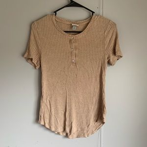 Crew neck button sweater top